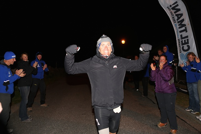 Jeff Glasbrenner crosses the line at the end of the 2014 Celtman - 19:34:56